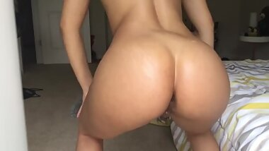 BIG ASS and creamy pussy